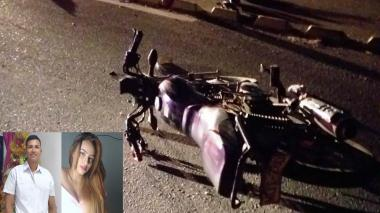 Una pareja en motocicleta murió arrollada en Ciénaga, Magdalena
