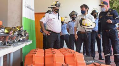 Bomberos de Barranquilla reciben 140 equipos de protección y rescate