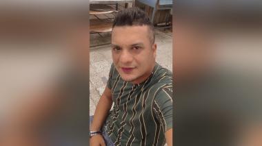 Sicarios asesinan a propietario de un local de comidas rápidas