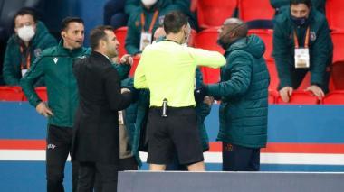 Uefa suspende hasta fin de temporada al cuarto árbitro del PSG-Basaksehir
