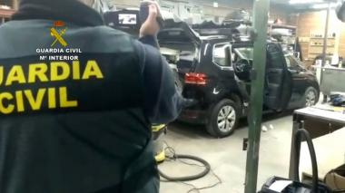 Detienen a 22 colombianos en España por manipular vehículos para llevar droga