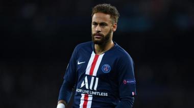 Francia cuestiona a Neymar su falta de descanso por aficiones nocturnas