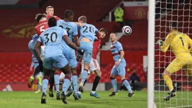 El Manchester United se aferra al segundo puesto de la Premier