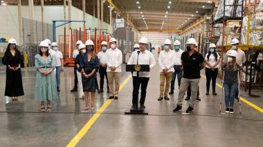 """""""Colombia puede hacer industria de alto nivel"""": Duque"""
