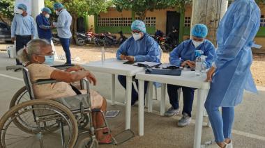 En Montería habilitan colegio para acelerar plan de vacunación