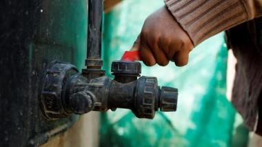 El agua no puede reducirse a su precio, es un bien común mundial