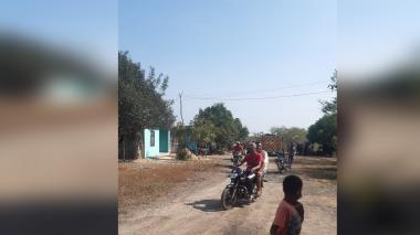 Intoxicados en Puerto Giraldo eran trasladados en motos, carros y ambulancias