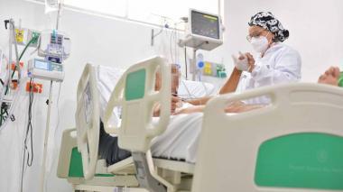 Cartagena atiende a 12 pacientes covid trasladados de Santa Marta
