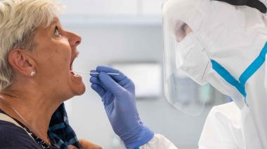 "Detectan variante ""doble mutante"" de coronavirus en EE. UU."
