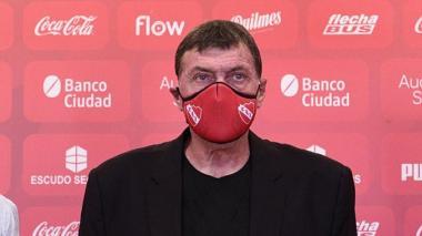 Julio César Falcioni y varios jugadores de Independiente dan positivo de coronavirus