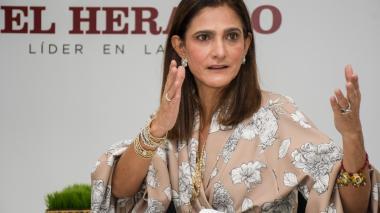 Ministra de transporte, Ángela María Orozco, contagiada por covid-19