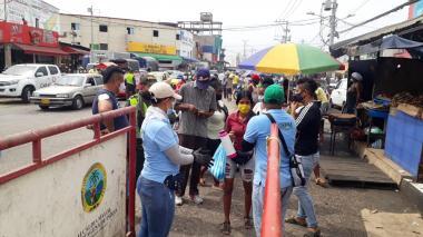 Vigilan Mercado de Bazurto para que se cumplan medidas contra covid