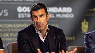 Luis Figo dice que Superliga europea sería un desastre
