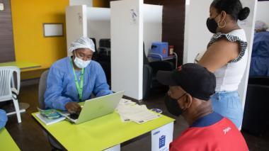 Dadis habilita nuevo punto de vacunación masiva contra covid-19