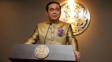 Primer ministro de Tailandia es multado por no llevar tapabocas