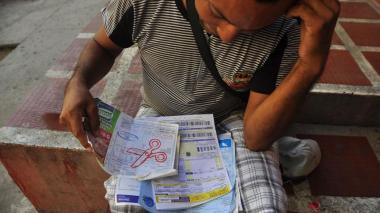 Gobierno anuncia que quitará IVA a servicios públicos de la tributaria