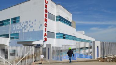 Colapsan las UCI en otro centro de salud de Sucre