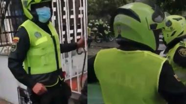 Alcalde Pumarejo pide investigar a policías que taparon sus placas