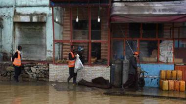 Aumentan a 16 los muertos por las inundaciones repentinas en Afganistán