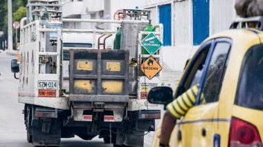 Bloqueos afectan suministro de oxígeno en el país