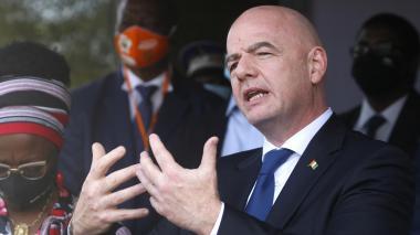 Infantino pide reflexionar sobre las consecuencias de las sanciones por la Superliga