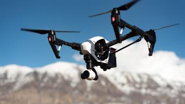 Emiratos Árabes utilizará drones para sembrar nubes y hacer que llueva
