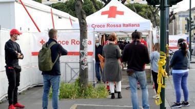 Proponen abrir discotecas para vacunados en Italia