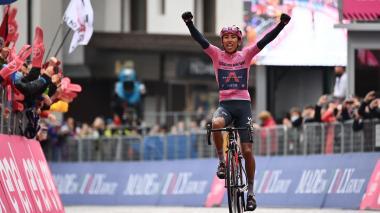 Egan Bernal muestra su poderío en la etapa reina del Giro de Italia