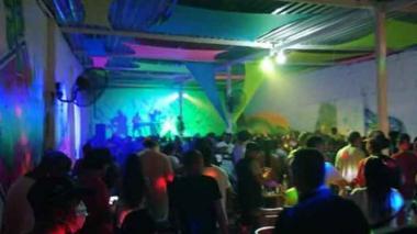 En pleno pico de pandemia celebran en Tolú