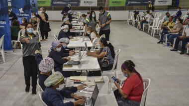 En un día aplican más de 13 mil vacunas en Barranquilla