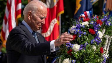 Biden honra a los caídos de Estados Unidos