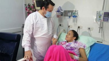 Mujer con covid e intubada dio a luz a su hijo en uci