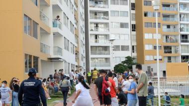 Conflagración en ducto de basuras de un conjunto residencial causa pánico