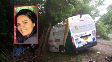 Muere médica tras accidentarse ambulancia