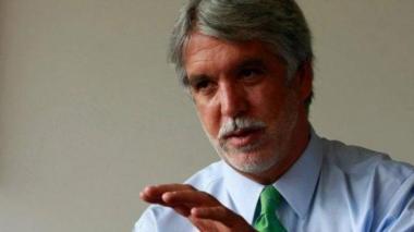 Enrique Peñalosa anuncia su candidatura a la presidencia