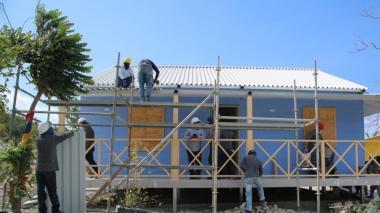 Más de 500 familias se han beneficiado con casas reconstruidas en Providencia