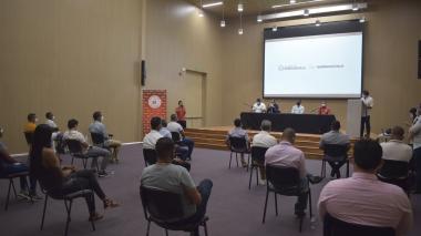 Entregan licencias a entrenadores de fútbol en Barranquilla