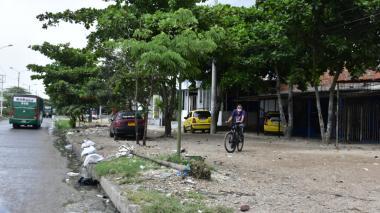 Hombre falleció en la puerta de una clínica tras haber sido baleado