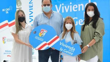 Entrega del primer subsidio departamental 'Vivienda para la Gente'
