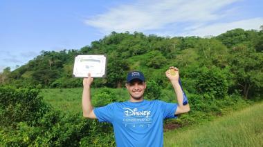 Nelson Álvarez, el joven 'héroe' luruaquero premiado por Disney
