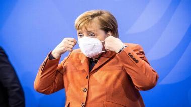 Merkel califica de erronea ley húngara que prohíbe propaganda homosexual