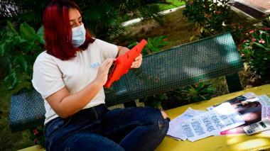 Facebook, Google, TikTok y Twitter actuarán contra el acoso a las mujeres