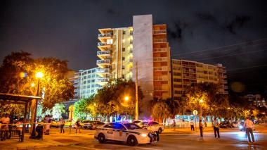 Ordenan evacuar edificio de 156 apartamentos tras inspección en Miami