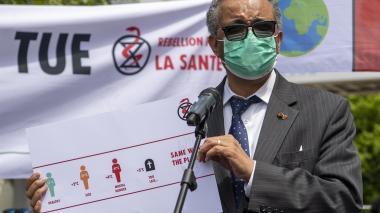 """Expertos OMS se reúnen para intentar frenar una """"pandemia a dos velocidades"""""""