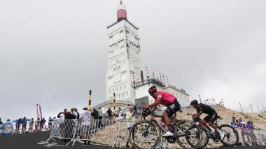 Rigoberto Urán ascendió al segundo lugar en la general del Tour de Francia