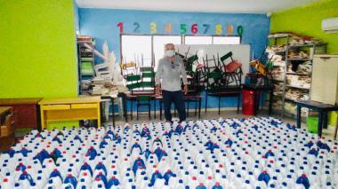 Colegios oficiales de Montería reciben dotación de elementos de bioseguridad