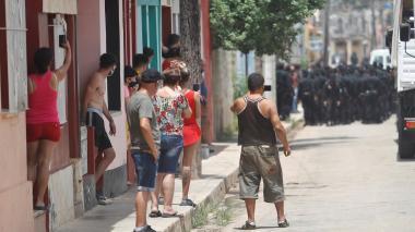 Denuncian represión contra manifestantes en protestas en Cuba