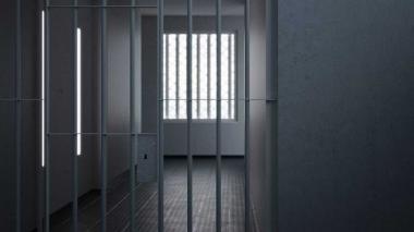 Mujer es condenada a 25 años de cárcel por muerte de su hija olvidada en vehículo