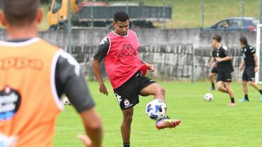 El colombiano Elitim y Uche Agbo se incorporan a pretemporada del Deportivo