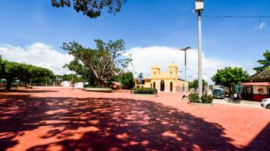 Santa Lucía inicia vacunación anticovid de toda su población